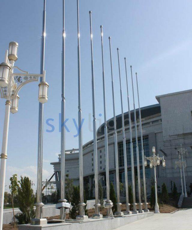 Buz Köşkü, Aşkabat Türkmenistan, Bayrak Direkleri